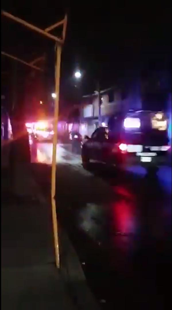 Policias acuden a la colonia los angeles de iztapalapa
