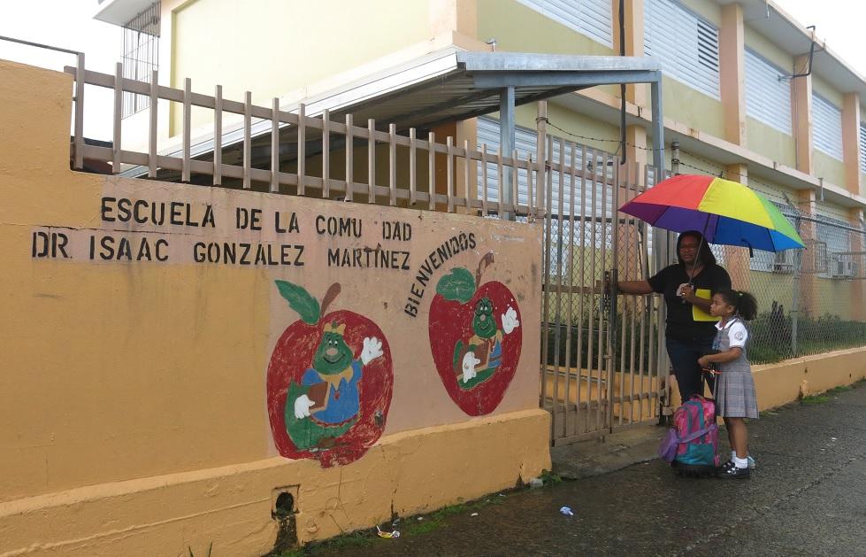 Puerto Rico, crisis, escuelas, dinero, estudiantes, cerrar, economía, protestas,