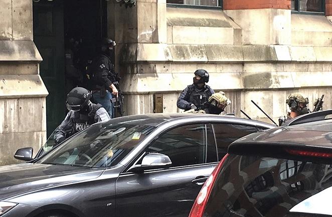 Policía británica detiene al hermano del atacante de Manchester