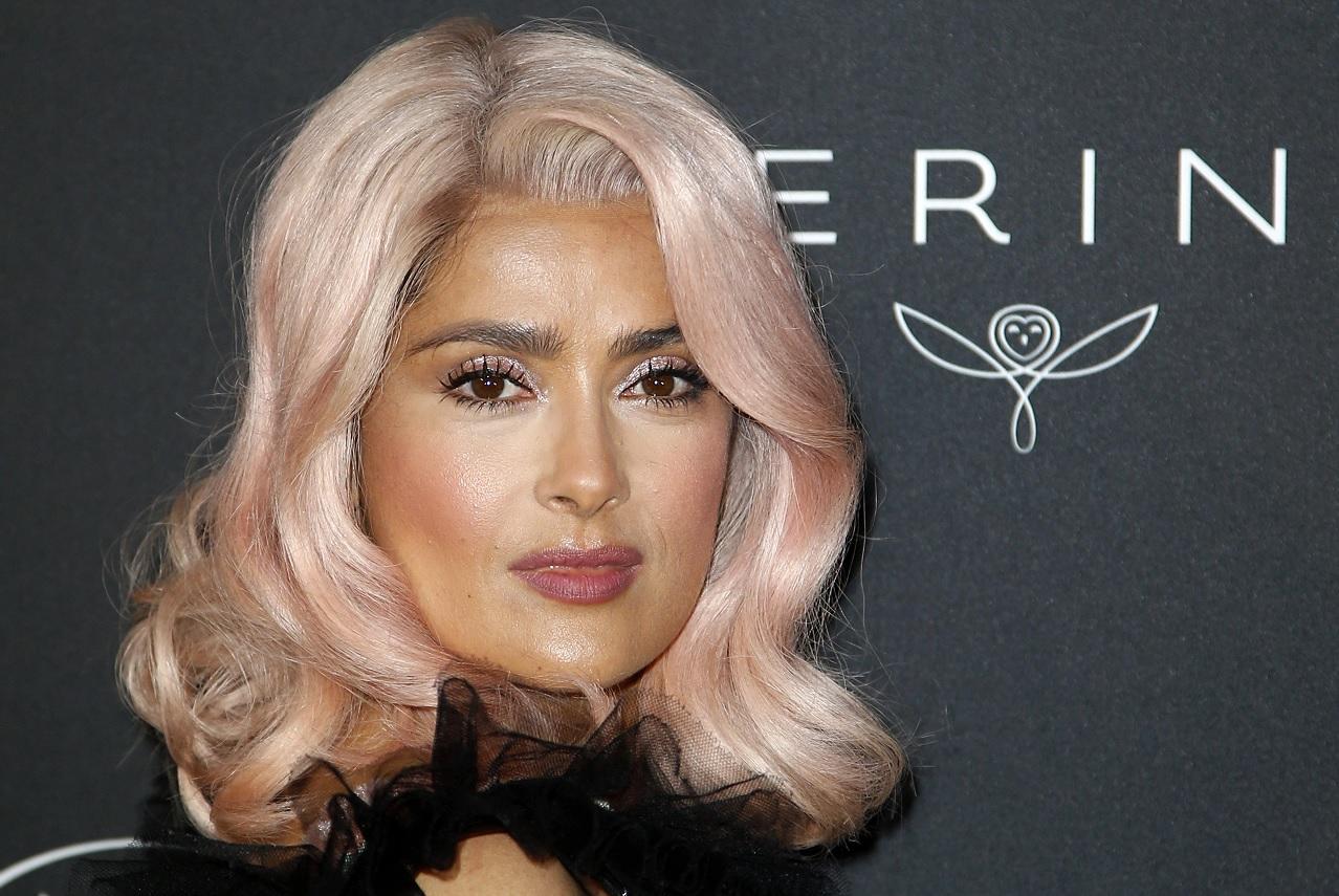Salma Hayek sorprende con su cambio de look en Cannes