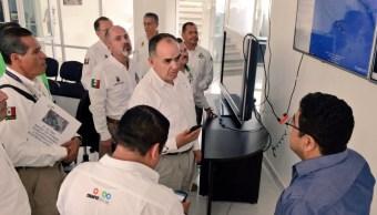 Luis Manuel García Moreno, secretario de Protección Civil en Chiapas, dio a conocer las acciones ante la presencia de la tormenta tropical 'Adrian'. (Twitter: @pcivilchiapas)