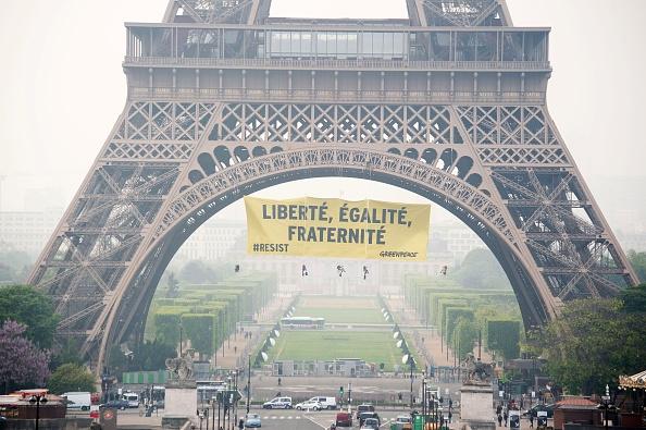 Torre Eiffel, Revolución Francesa: Libertad, Igualdad, Fraternidad. Elecciones en Francia
