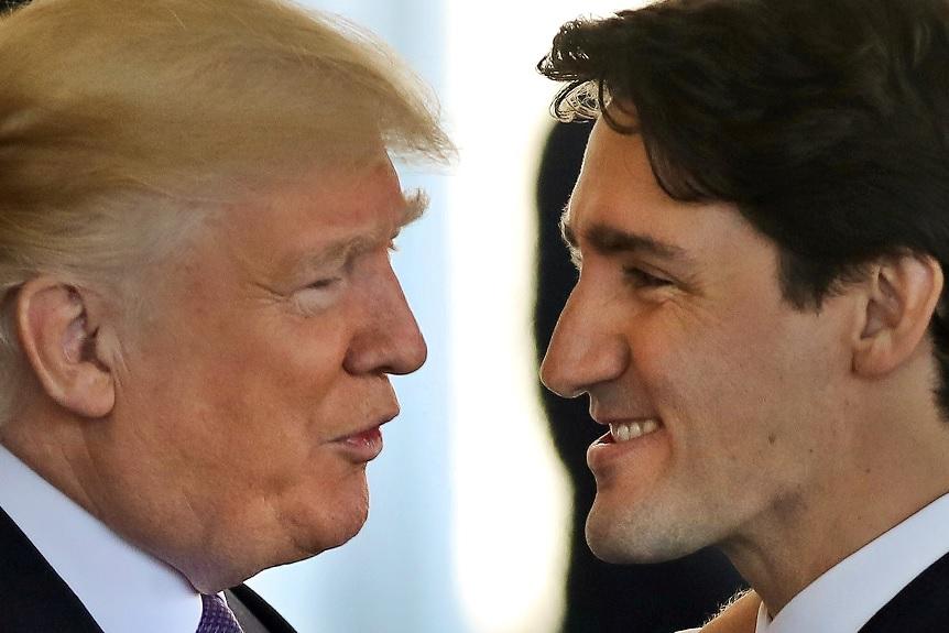 El primer ministro canadiense, Justin Trudeau, y el presidente de EU, Donald Trump (Reuters)