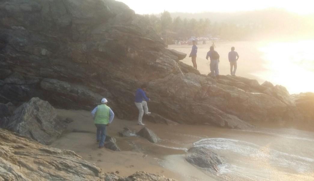 Pescadores de Mazunte localizan el cuerpo de Carlos Abraham Aguilar Palestina. (Twitter: @LaondaOaxaca/Archivo)