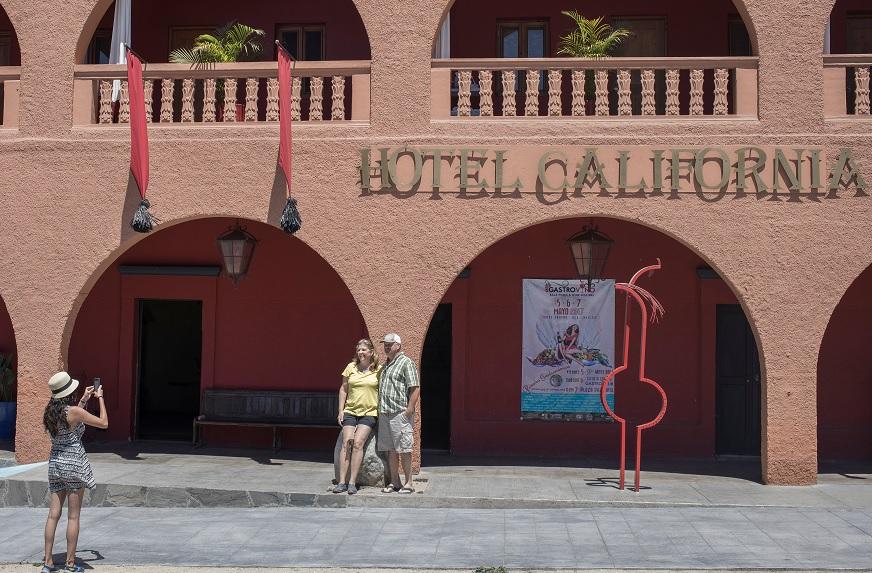 Hotel California, canciones, Eagles, portal TMZ, espectáculos, Todos Santos, Baja California,
