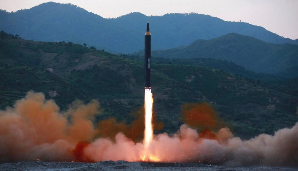 un nuevo tipo de misil balistico en un lugar no revelado en corea del norte