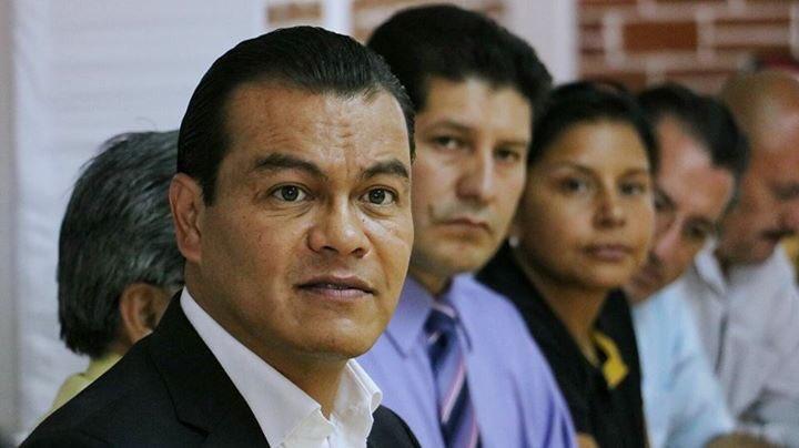 Zepeda visitó los municipios de Los Reyes La Paz y Nezahualcóyotl