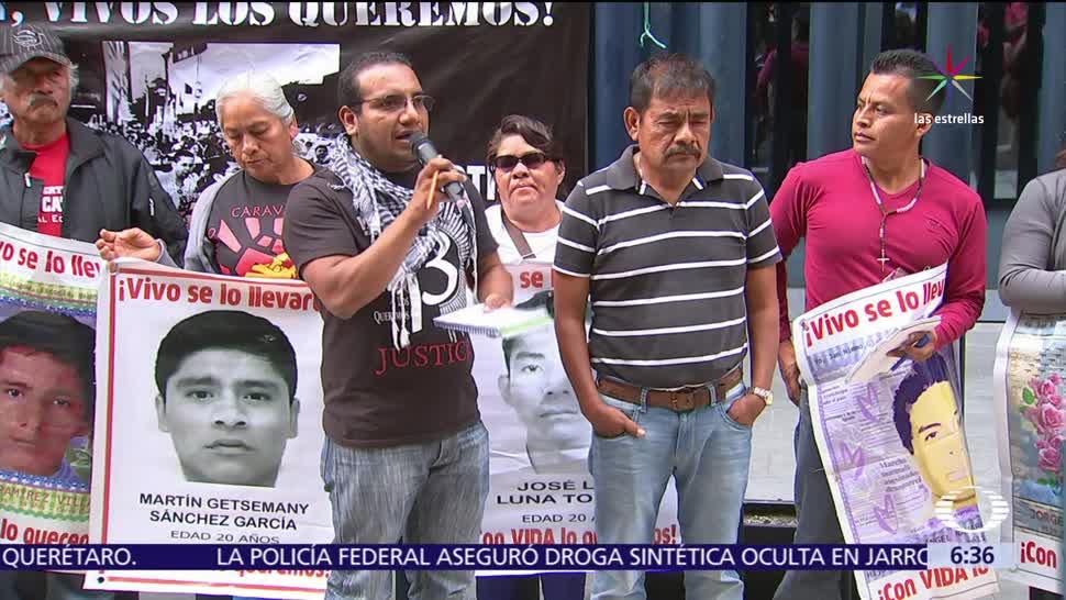 43 normalistas de Ayotzinapa, normalistas desaparecidos, PGR, Derechos Humanos