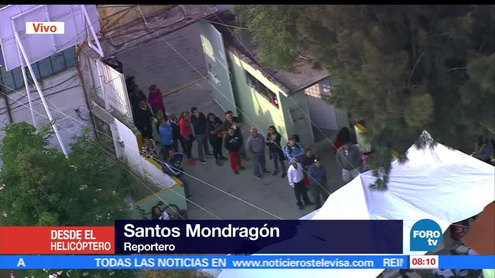 fila de votantes, escuela primaria, Chimalhuacán, Edomex