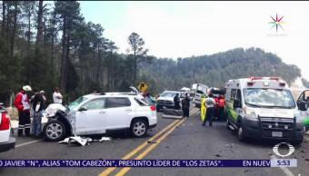 Chocan dos camionetas, carretera Durango-Mazatlan, caseta de Coscomate