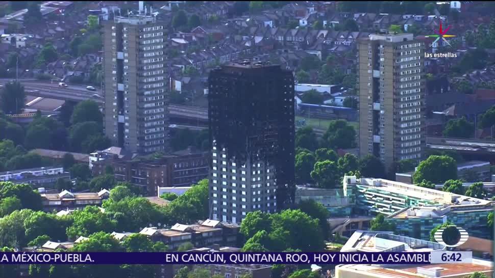 muertos, incendio en la Torre Grenfell, Londres, material altamente flamable