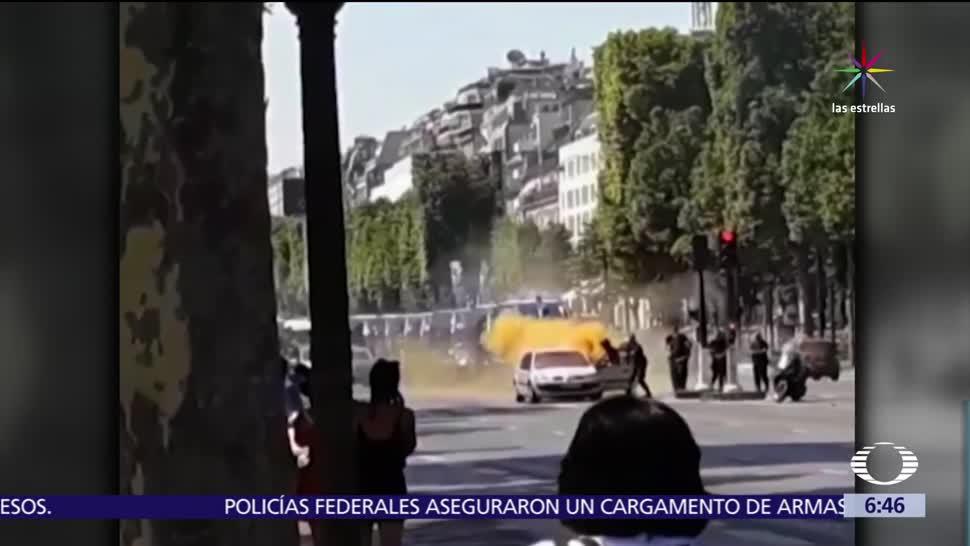 hombre embistió patrulla, patrulla de la Policía, Policía de París, Palacio del Elíseo