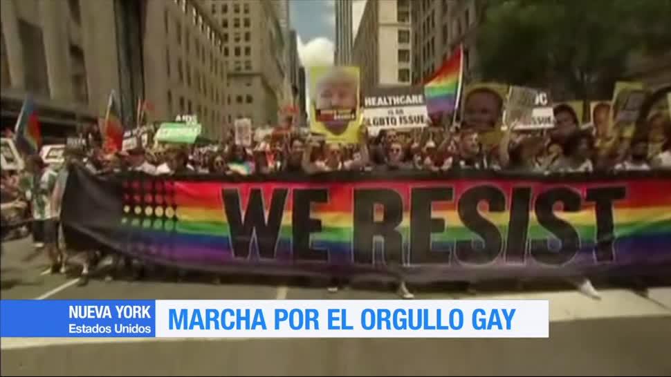 Marcha, orgullo gay, lanza gritos, Trump