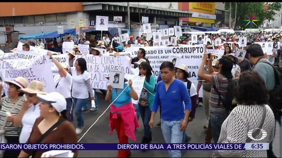 desaparición, 43 normalistas, Ayotzinapa, normalistas de Ayotzinapa, Hemiciclo a Juárez