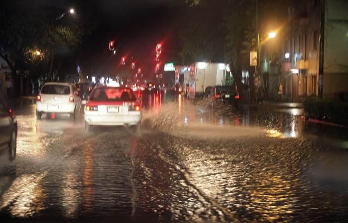 lluvia, tormenta, Ciudad de México, encharcamientos, inundaciones