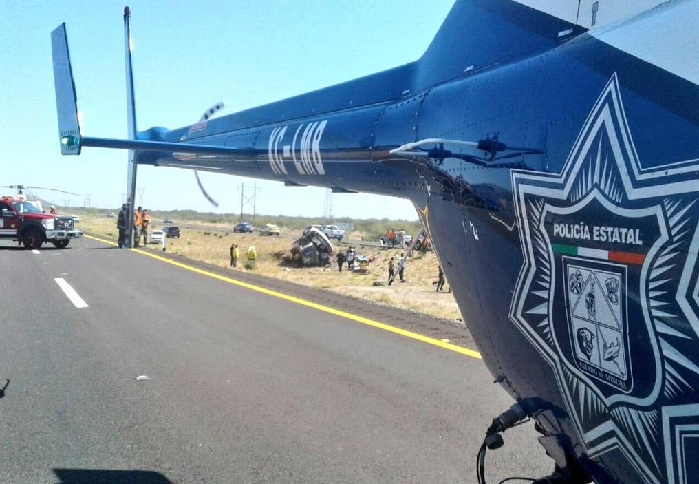 Accidente carretero deja dos muertos y 38 heridos en Sonora