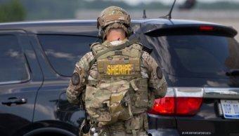 Atentado Terrorista En Aeropuerto Flint De Michigan, Autor Del Ataque, Policía En El Aeropuerto De Flint, Michigan