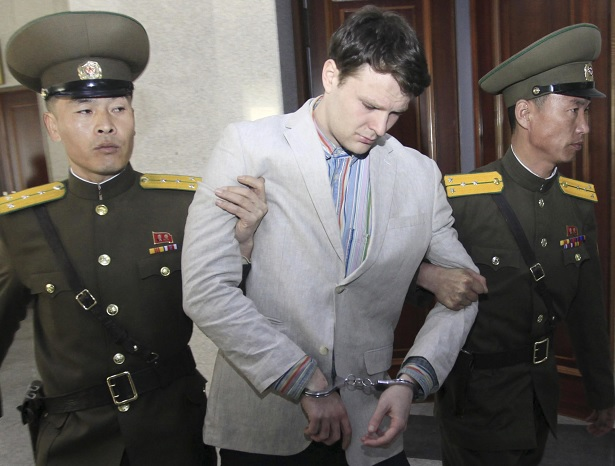 Muere, Otto Warmbier, Norcorea, Ohio, hospital, estudiante,