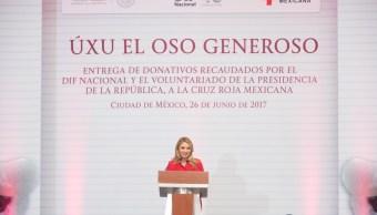 Angélica Rivera de Peña acudió a la subasta de ositos ÚXU que organizó el DIF Nacional. (Presidencia de la República)