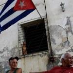 Donald Trump extiende por un año el embargo comercial contra Cuba