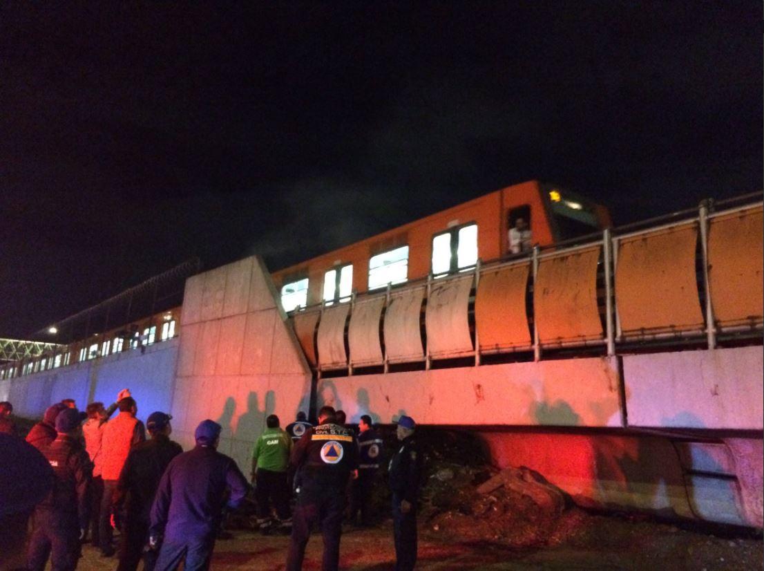 Reportan incendio en vías de la Línea B