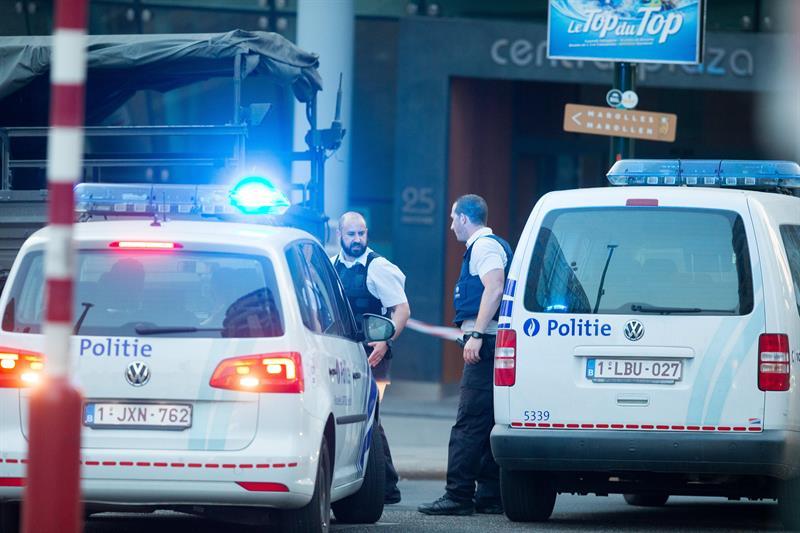 Bruselas, Bélgica, terrorismo, seguridad, explosión, ataque, abaten