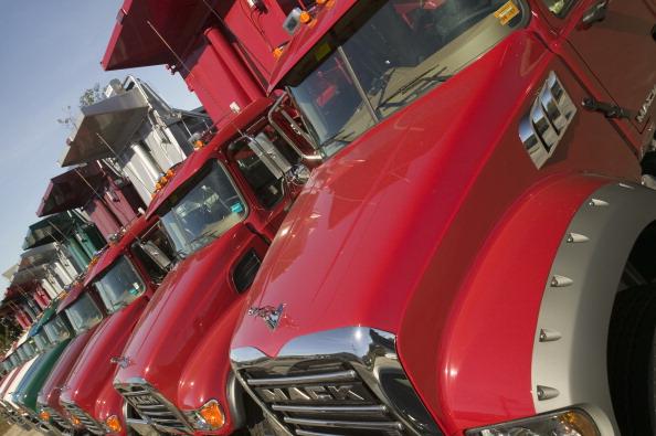 Autoridades investigan el robo de tres camiones del municipio de Cuernavaca.