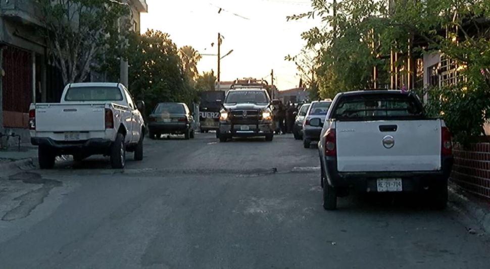 Policía Militar y Agencia de Investigación Estatal catean domicilios en Nuevo León