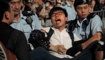 Detienen al activista hongkonés Joshua Wong