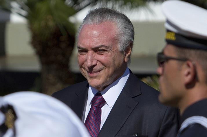 Corte, Michel Temer, avala, Brasil, corrupción, política,
