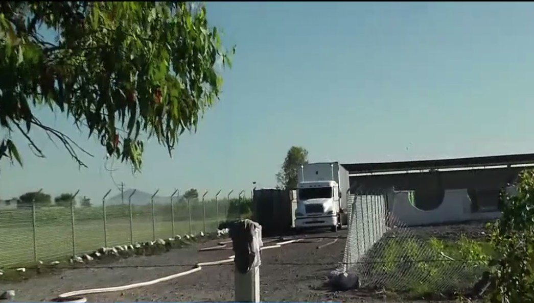 Pemex controla una fuga de gas en la autopista mexico queretaro