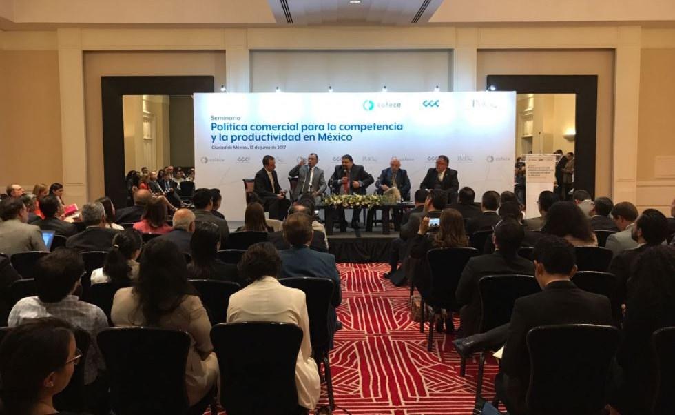 Ildefonso Guajardo, secretario de Economía, participa en seminario de competencia y productividad