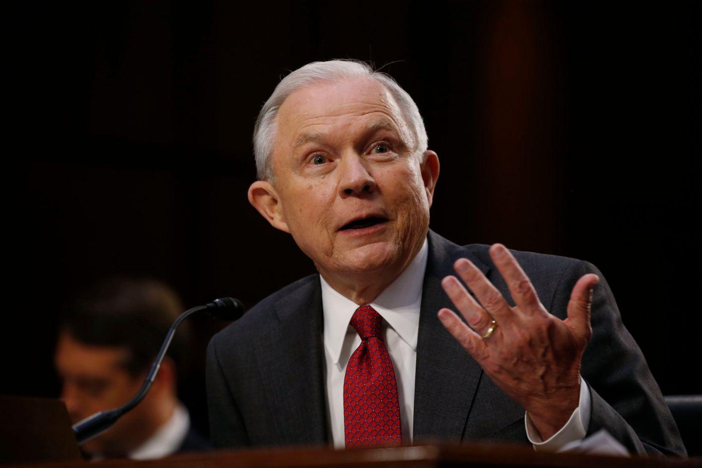 Jeff Sessions, Trump, conversaciones, FBI, Rusia, investigación,