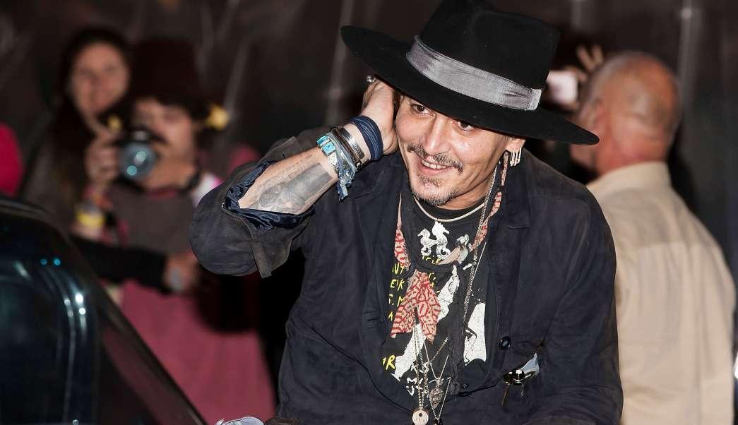 Johnny Depp participa en el Festival de Glastonbury