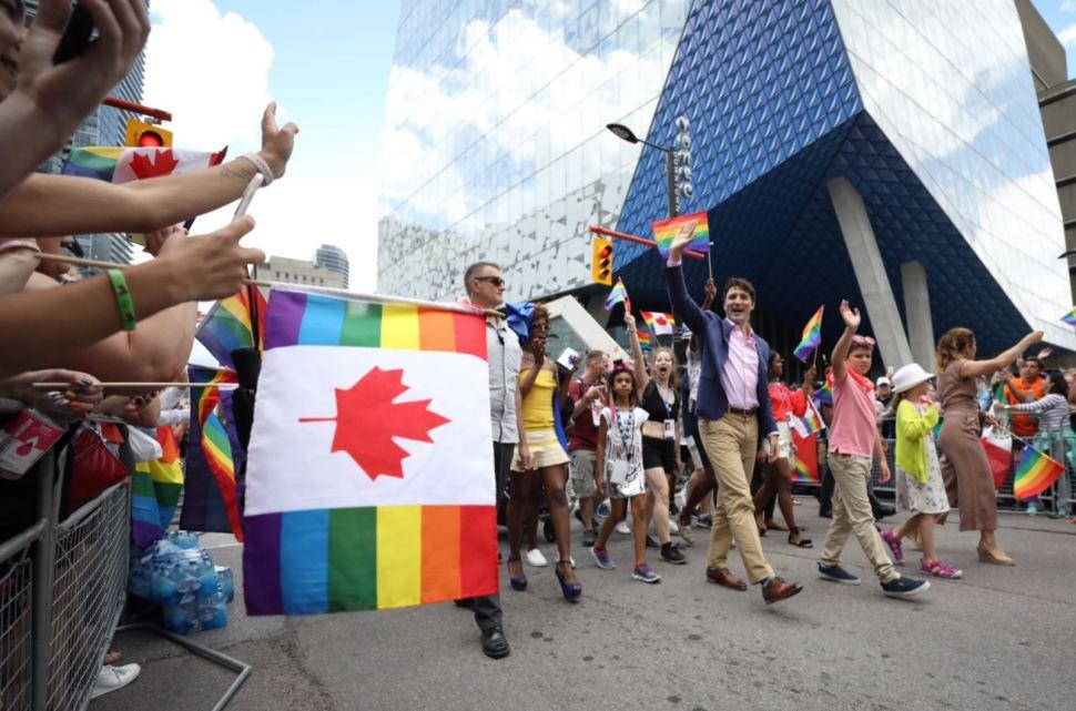 Justin Trudeau se une a Marcha por el Orgullo Gay en Canadá