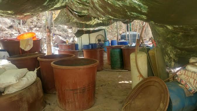Aseguran, Laboratorio clandestino, Cosala, Sinaloa, Narcotrafico