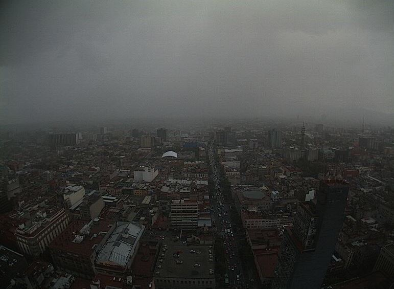 Se registra fuerte lluvia en norte, centro y poniente de la CDMX