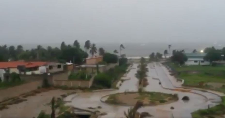 Lluvias de la tormenta Bret en Isla Margarita de Venezuela