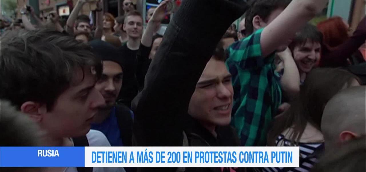 Miles, protestan, Vladimir Putin, Rusia