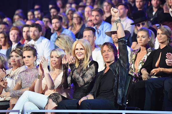 Nicole Kidman participa en un evento junto a su esposo