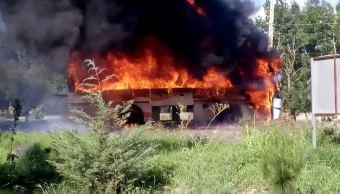 Enfrentamiento De Normalistas En Michoacan, Policias Heridos, Escuela Normal Rural Vasco de Quiroga, Comunidad De Tiripetio