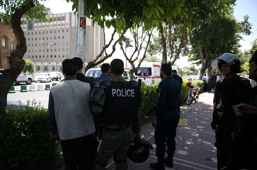Irán, Parlamento, ataque, atentado, muertos, heridos, seguridad