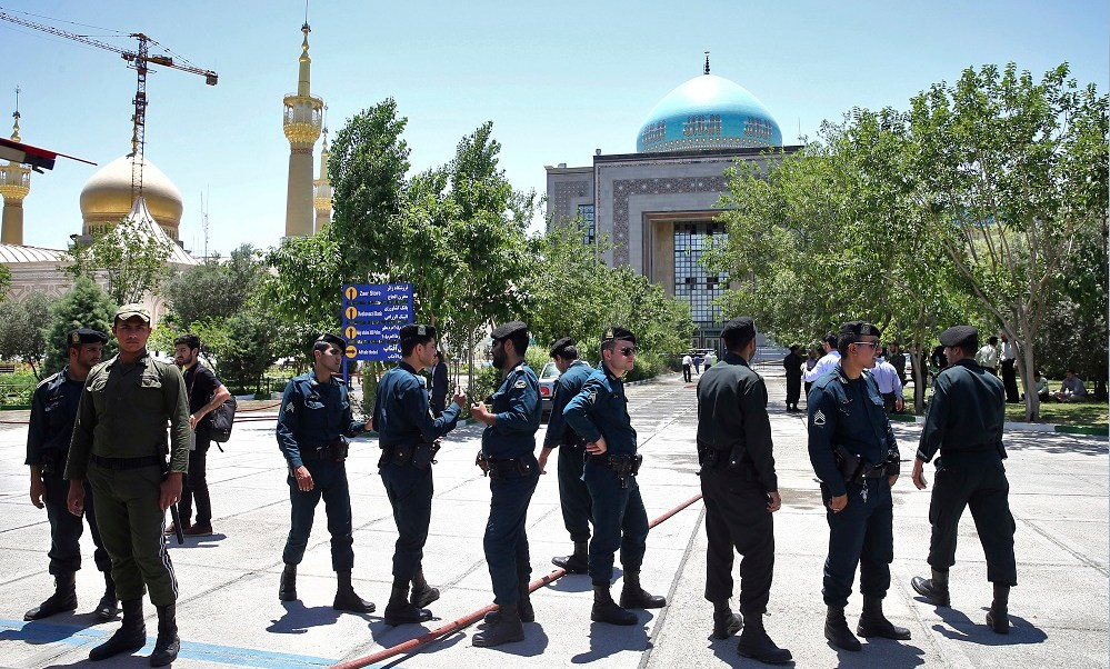 Mausoleo del ayatola Jomeini es vigilado