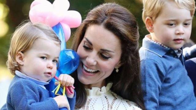 Príncipe Jorge, Princesa Carlota, duques de Cambridge., nietos Lady Di