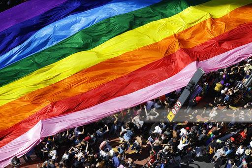 Marcha del orgullo gay en brasil, Derechos humanos, Mes del orgullo, Lgbttti, Noticieros televisa, Forotv