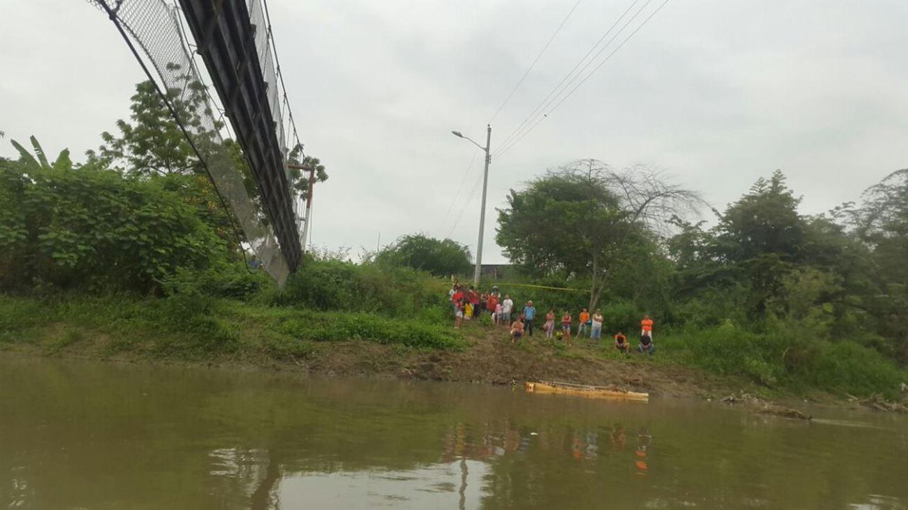Ecuador: 32 heridos en desplome de un puente peatonal en Manabí