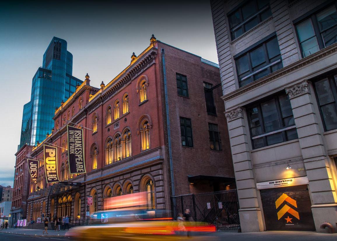 Teatro de Nueva York apoya obra con 'parodia' de Trump