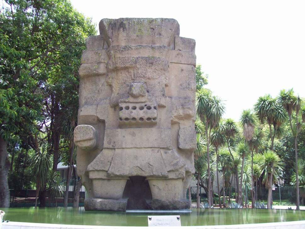 tlaloc dios de la lluvia en la ciudad de mexico