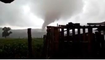 Daños, Tornado, Las Vigas, Veracruz, Tornado en veracruz, Clima
