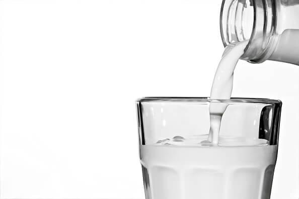 Leche, vaso con leche, Día mundial de la leche, alimentación,